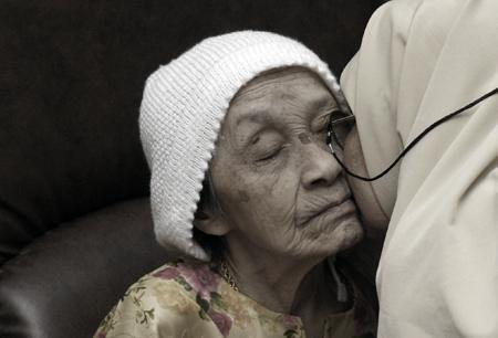 Ibu, Semoga Allah Menjagamu Selamanya